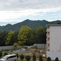日本ラインうぬまの森:駐車場近くから見た山脈(左から愛宕山・双子山・八木山) - 2