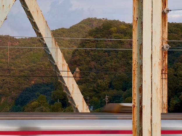 犬山橋から見た景色 - 8:継鹿尾山
