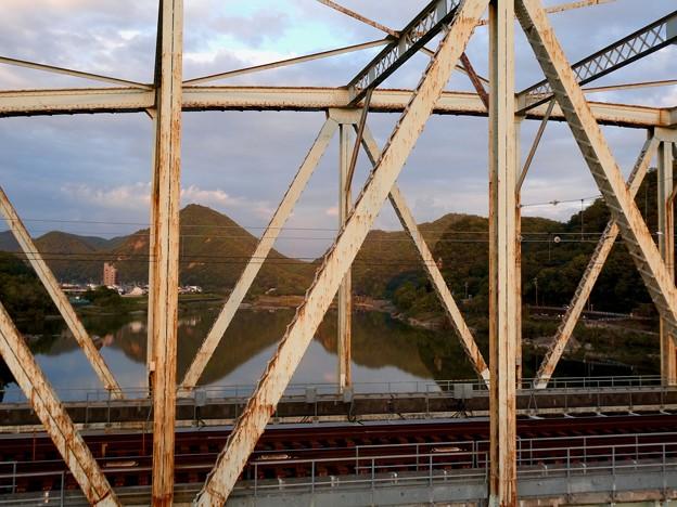 犬山橋から見た景色 - 9:継鹿尾山と大平山