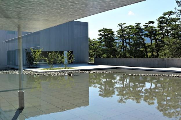初秋1 長野県立美術館