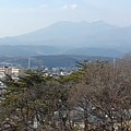 Photos: 長峰公園の丘の上から見えた高原山(2月14日)
