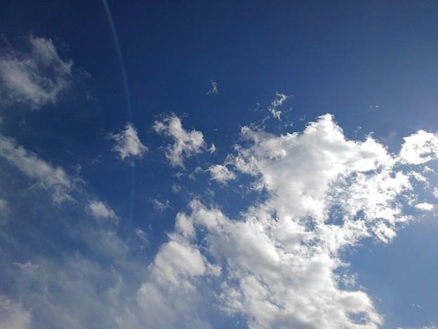 力強い雲もある青空(2月17日)
