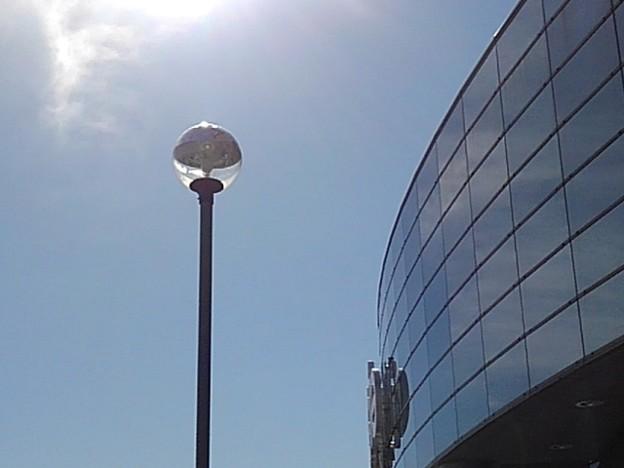街灯とガラス張り(2月25日)