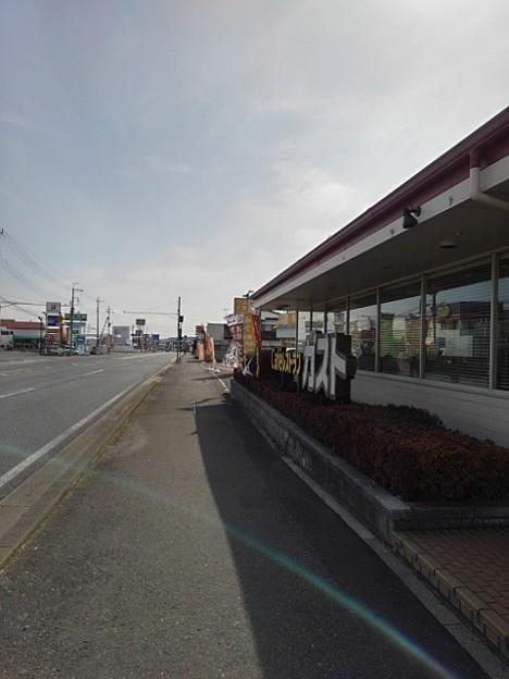ガスト前の道(3月1日)