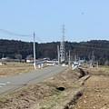 Photos: 鉄塔や道の景色(3月11日)