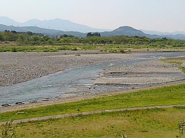 ゆうゆうパークの丘から見えた川(5月4日)