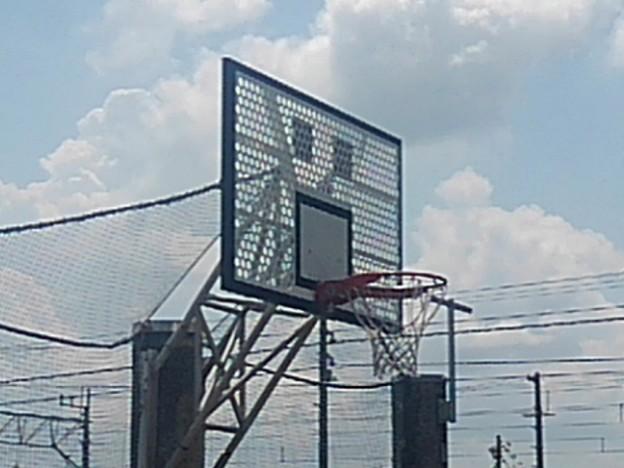 氏家駅のバスケゴール(7月24日)
