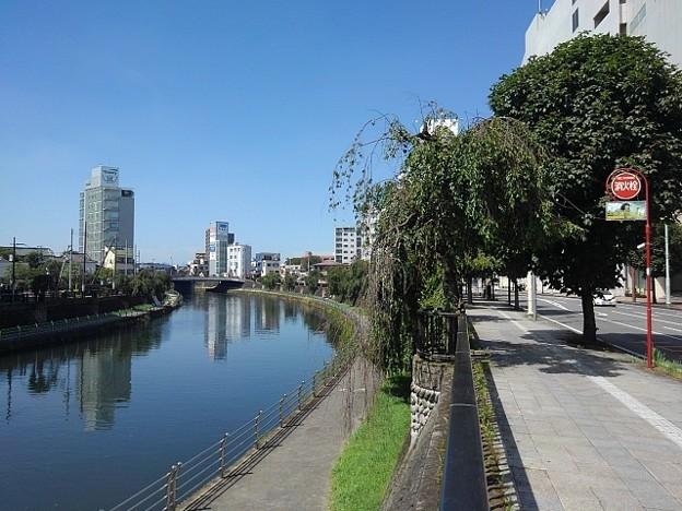 宇都宮の道路と綺麗な川(8月6日)