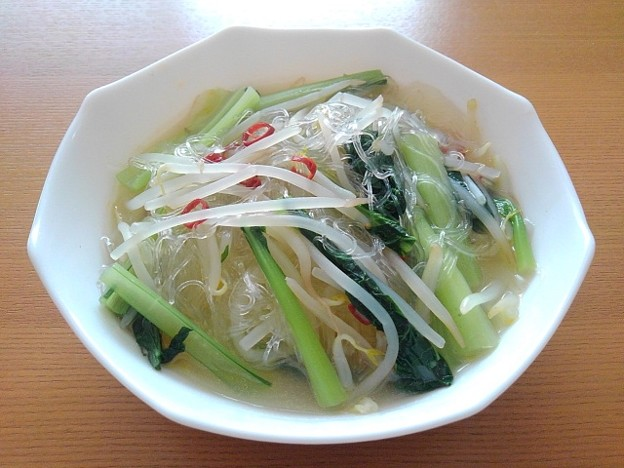 小松菜とモヤシと春雨のスープ(9月23日)