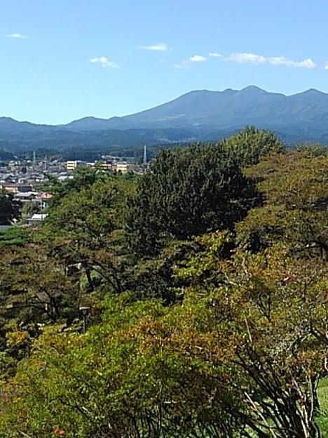 長峰公園の丘から見えた高原山(9月19日)