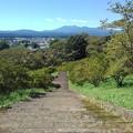 長峰公園の丘の階段から見えた山(9月19日)
