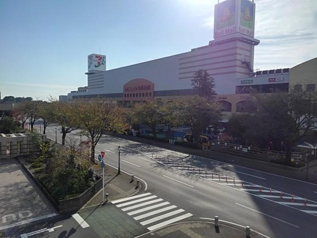 ベルモールとその近くの道路(10月8日)