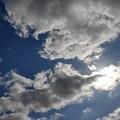 太陽を隠した雲もある青空(10月14日)