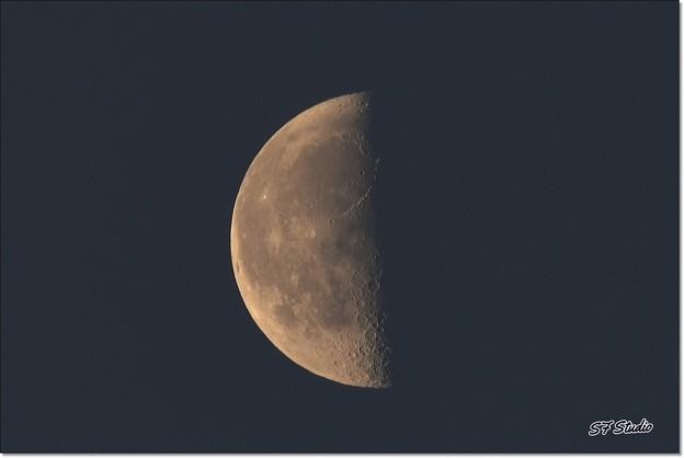 夜明けのお月さん