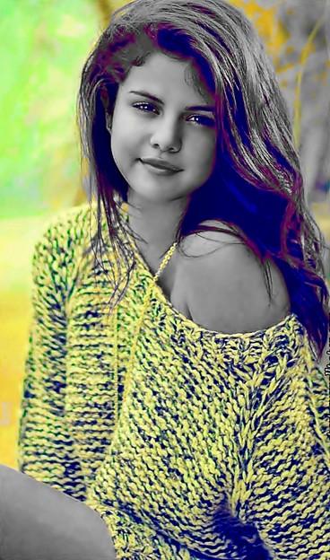 Beautiful Selena Gomez(9005992)