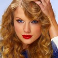 Beautiful Blue Eyes of Taylor Swift(11156)