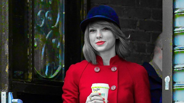 Beautiful Blue Eyes of Taylor Swift(11169)