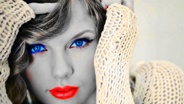 Beautiful Blue Eyes of Taylor Swift(11172)