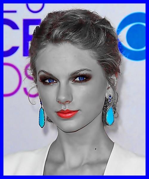 Beautiful Blue Eyes of Taylor Swift(11175)
