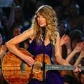 Beautiful Blue Eyes of Taylor Swift(11182)