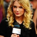 Beautiful Blue Eyes of Taylor Swift(11203)