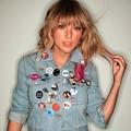 Beautiful Blue Eyes of Taylor Swift(11216)