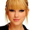 Beautiful Blue Eyes of Taylor Swift(11223)