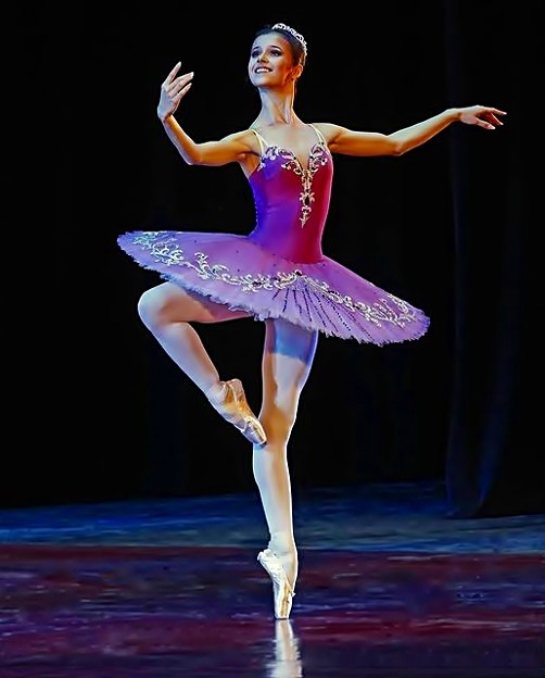 Beautiful Ballerina(13)