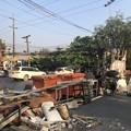 Photos: ミャンマーデモの道路封鎖 (1)