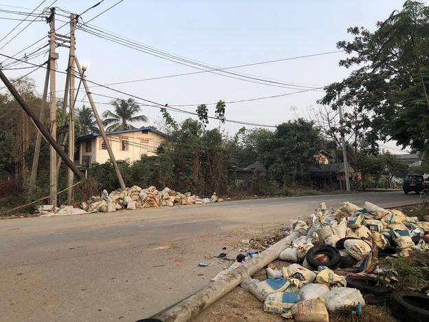 ヤンゴン 消えた路上のバリケード (1)
