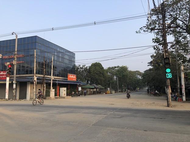 ヤンゴン 消えた路上のバリケード (8)