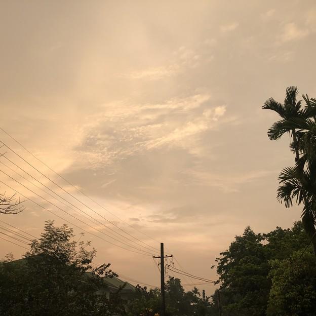 ヤンゴン4月5日の朝 (1)