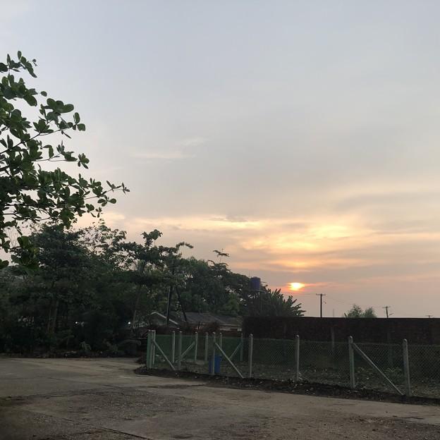 ヤンゴン4月5日の朝 (5)