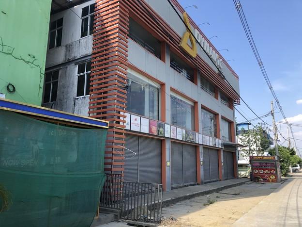 ゴーストタウン化するヤンゴン (6)