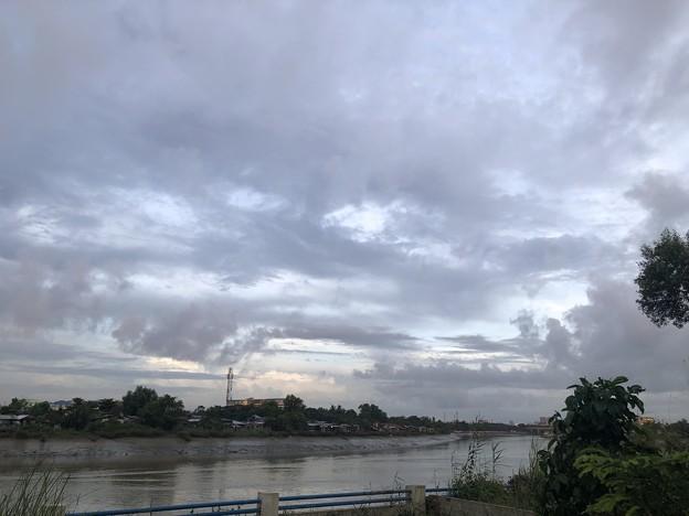 雨季入り?なヤンゴン (1)