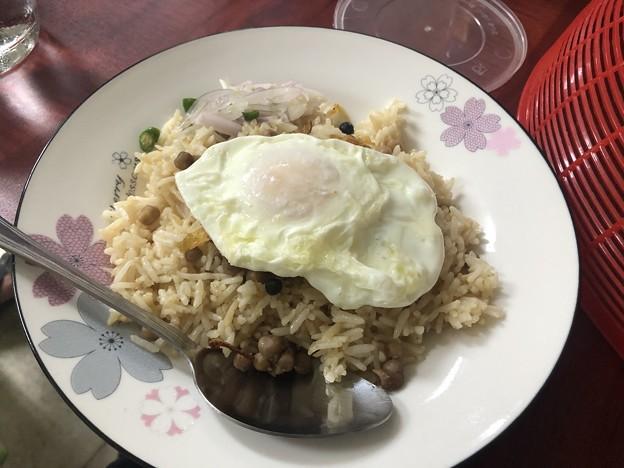ヤンゴンで朝ごはん (3)