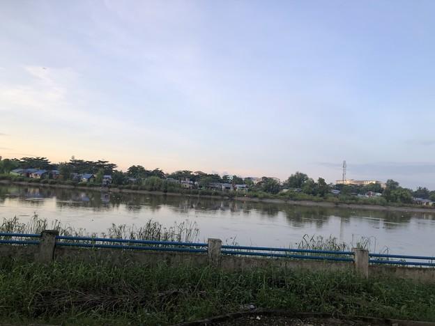 9月19日のヤンゴンの朝 (4)
