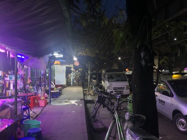 ヤンゴン9月20日の宴の夜 (7)