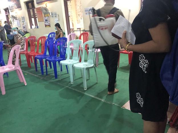 ヤンゴンのコロナワクチン接種会場 (7)