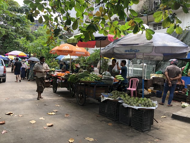 10月10日 ヤンゴンの今 (2)