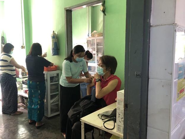 最後の狂犬病ワクチン接種 (2)