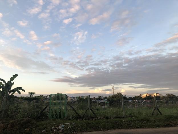 10月24日のヤンゴンの朝 (1)