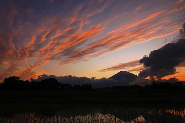 高層雲の夕景