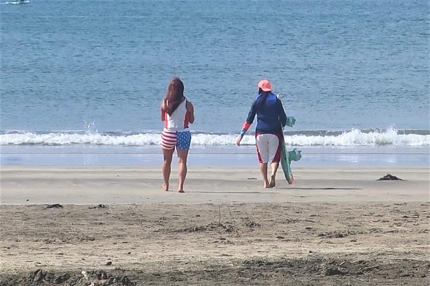 若者~材木座海岸