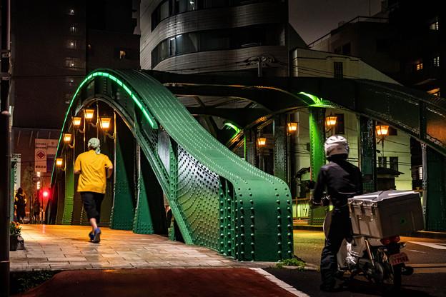 夜の柳橋-(2)