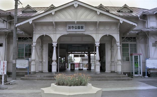 Photos: 南海線浜寺公園駅