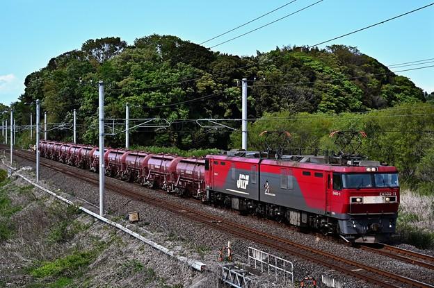EH500-11牽引安中貨物