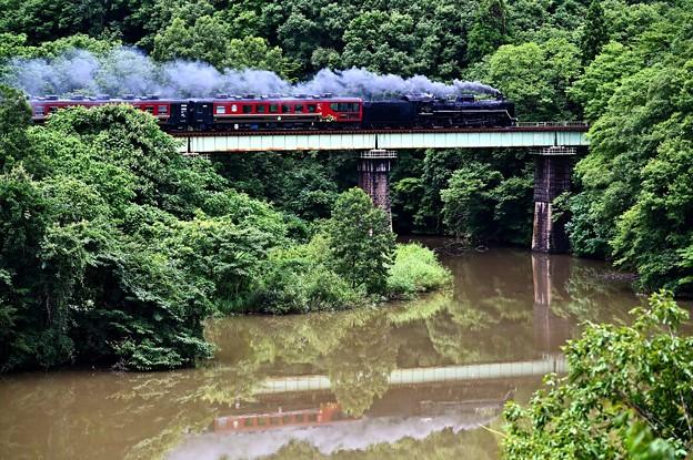 Photos: C57 180牽引SLばんえつ物語@大谷川橋梁上り