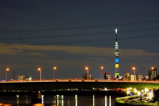 スカイツリー 東京2020オリンピック競技大会開催まで半年前点灯