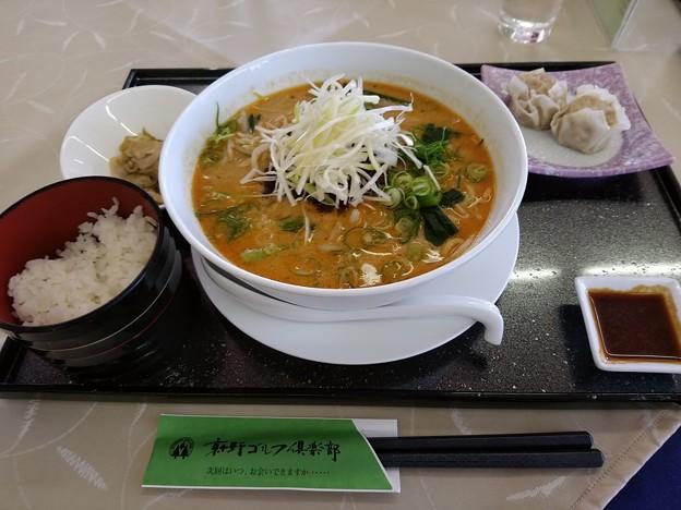 京ヶ野ゴルフ倶楽部 担々麺